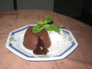 Petit gateau de chocolate sabor intenso